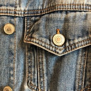 Brandy Melville Jackets & Coats - brandy melville jean jacket